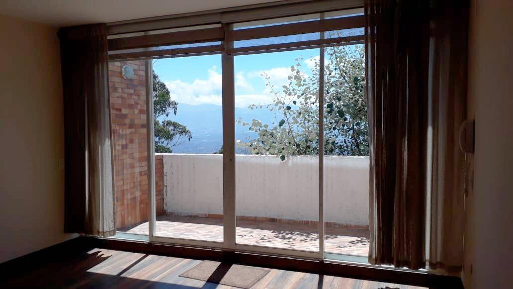 Lomas de Monteserrín, Terrazas del Moral, Departamento Dúplex 163 m², 3 Habitaciones